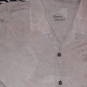 Tommy Bahama tan button down short sleeve shirt